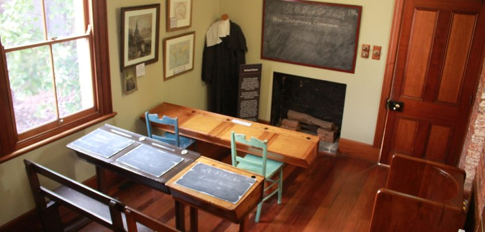 Photo of the replica 1840s classroom at Quondong