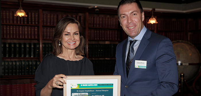Lisa Wilkinson accepting Reimagine Award from Mayor George Brticevic