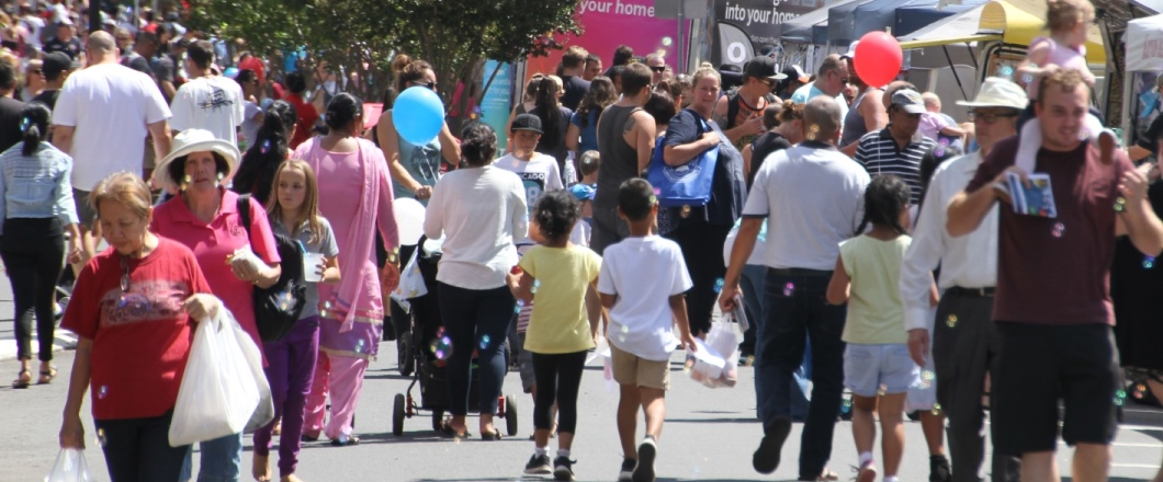 A crowd at the Ingleburn Alive Festival